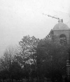 Разрушение колокольни храма святого благоверного князя Александра Невского 1929 год.