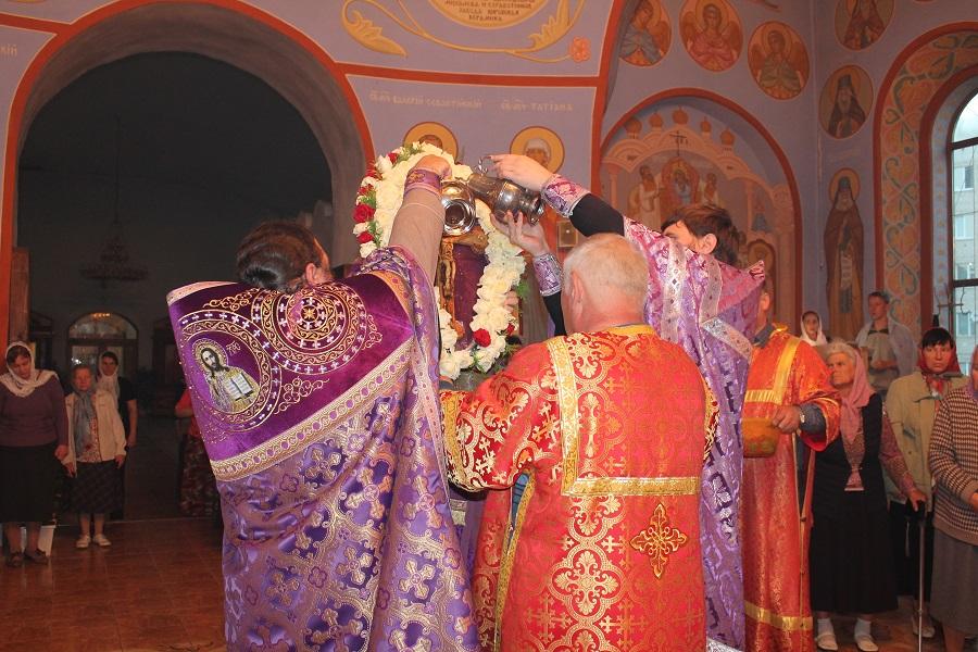 Кафедральный соборный храм рождества богородицы, уфа