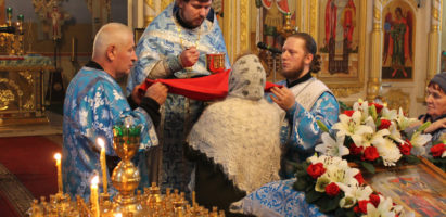 Божественная литургия по случаю праздника Введение во храм Пресвятой Богородицы