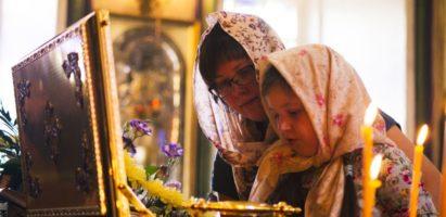 В Александро-Невский кафедральный собор прибудут святыни для поклонения