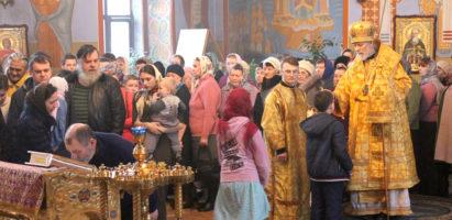 Архиепископ Максимилиан совершил Всенощное бдение в кафедральном соборе г. Кирова