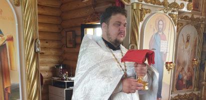 Божественная литургия в храме Воскресение Словущее с. Воскресенск в день Троицкой родительской субботы