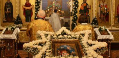 Божественная литургия в день Рождества Христова в Александро-Невском соборе города Кирова